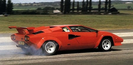 Lamborghini countach top speed